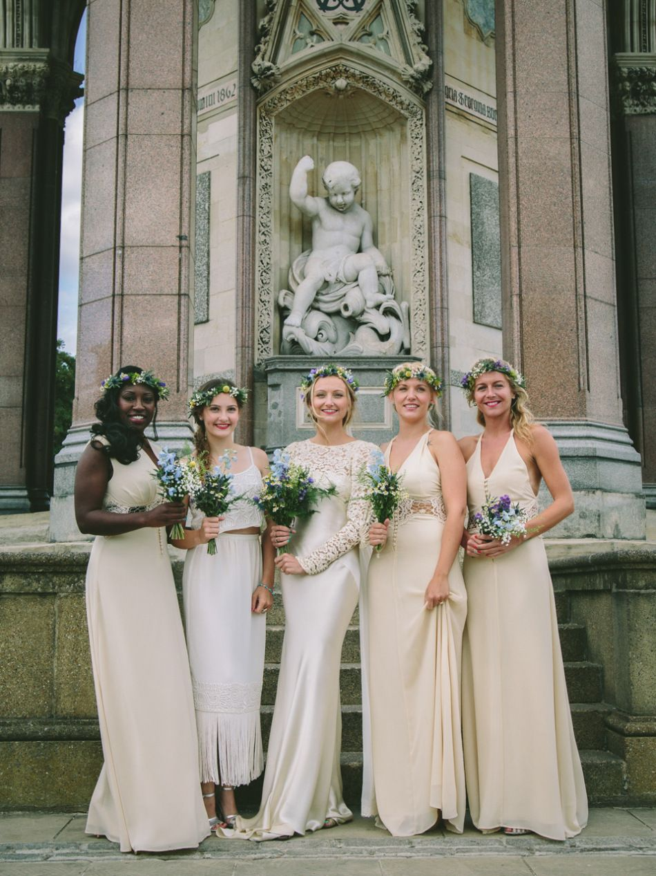 A us wedding dress for a quirky and vintage inspired london pub