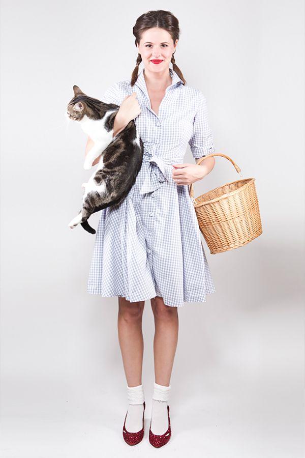easy last minute goodwill diy costume dorothy diy halloween costume - Dorothy Halloween Costume Women