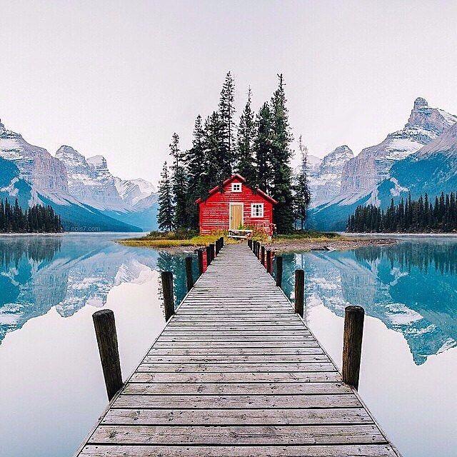 Computer Wallpaper Canada: Maligne Lake, Jasper National Park, Alberta, Canada