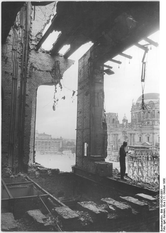 Category Photographs By Eva Kemlein Stadtschloss Altes Museum Bilder