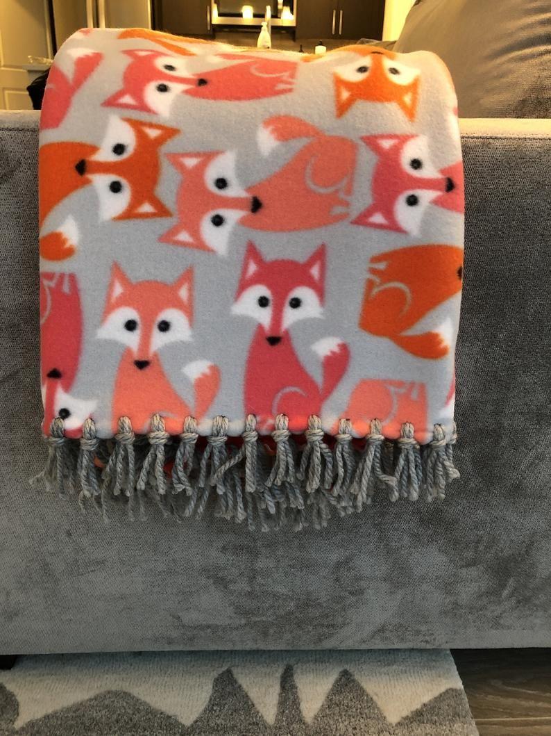Foxy Baby! Blanket Fleece blanket diy, Diy blankets no