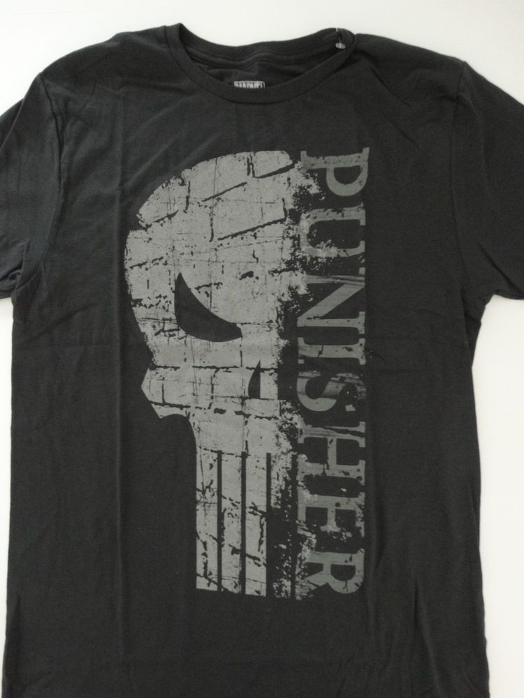 551d0758e39e8 The Punisher Half Skull Logo Distressed Marvel Comics T-Shirt  Marvel   GraphicTee