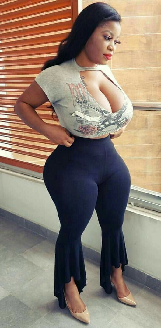 Black women with wide hips