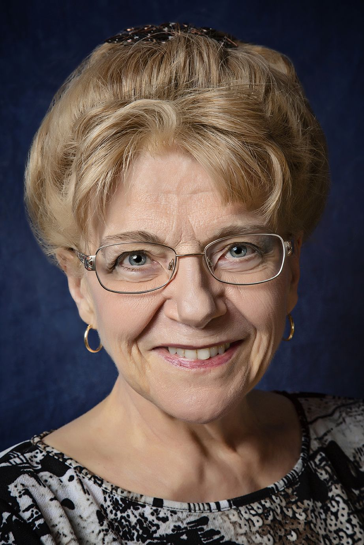 Watch Valerie Mahaffey video