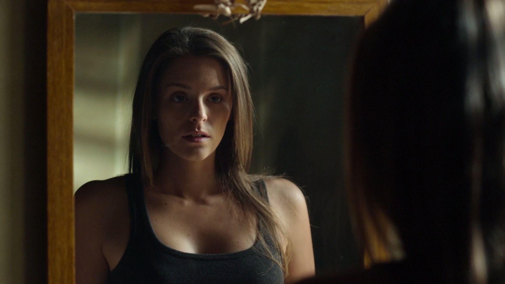 Jordan Hayes Actress | Hot Girl HD Wallpaper