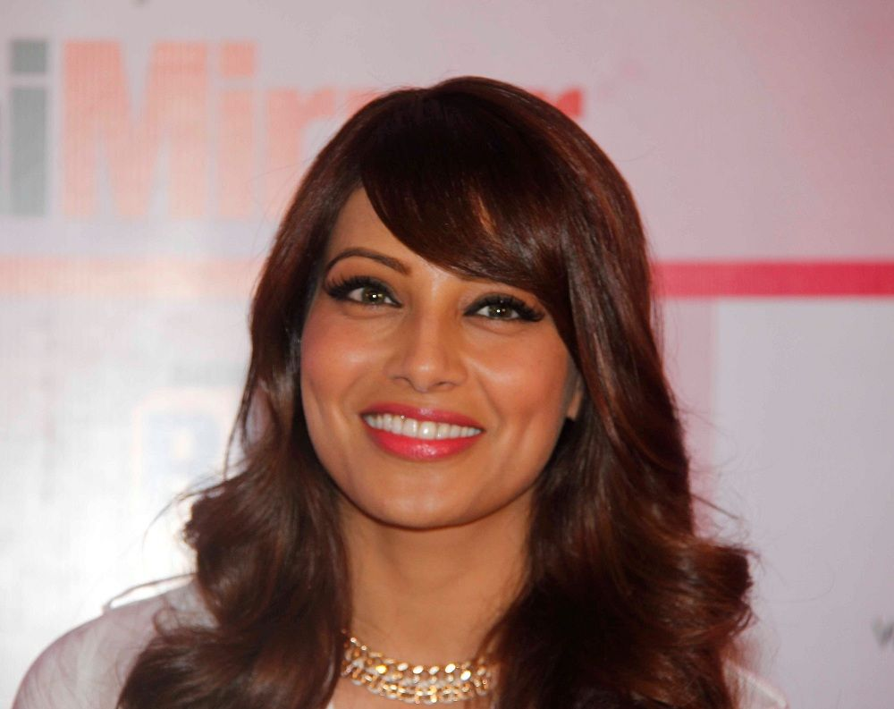 actress bipasha basu latest photos - actress bipasha basu new pics
