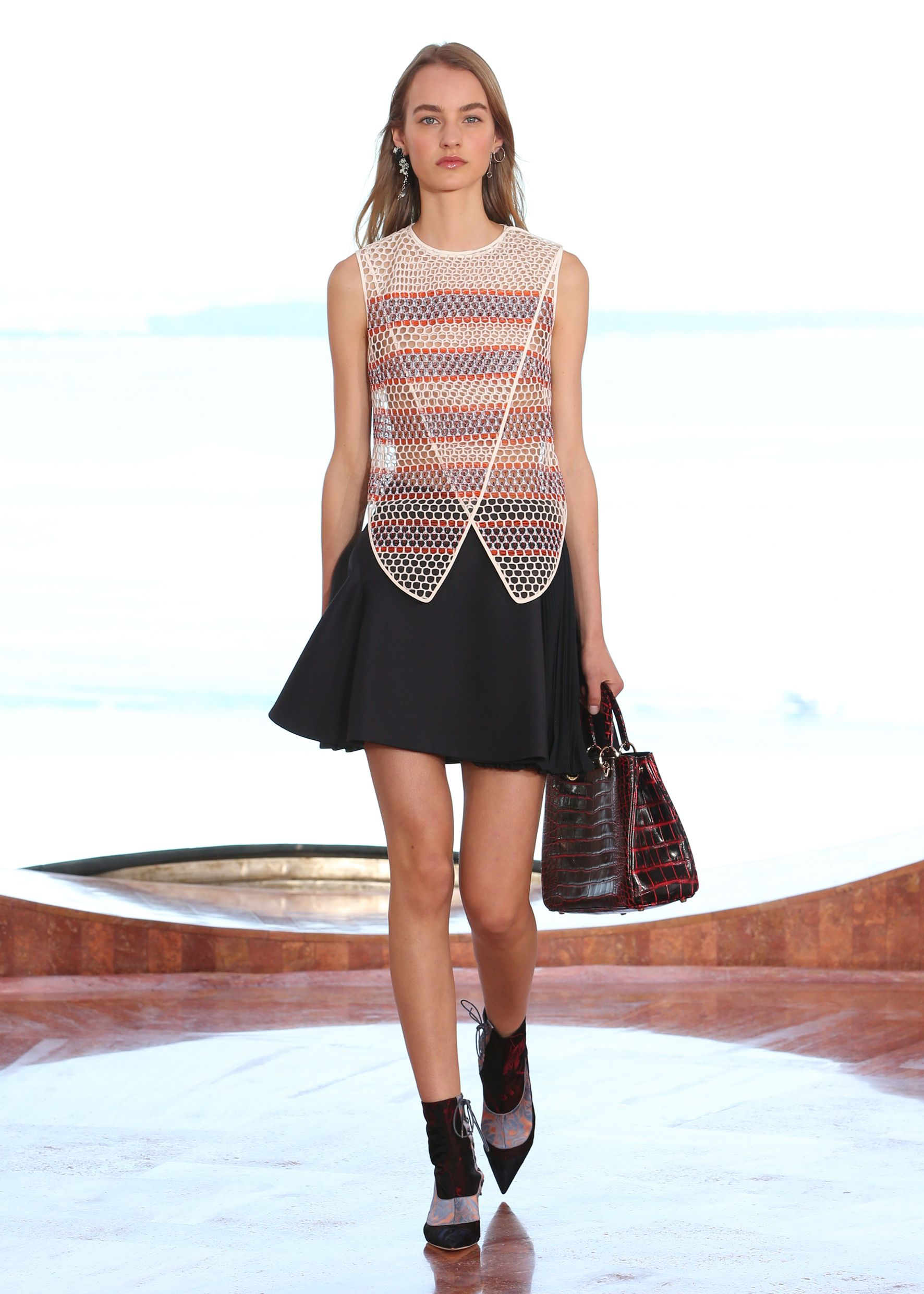Christian Dior Cruise 2016 Collection  - ELLE.com
