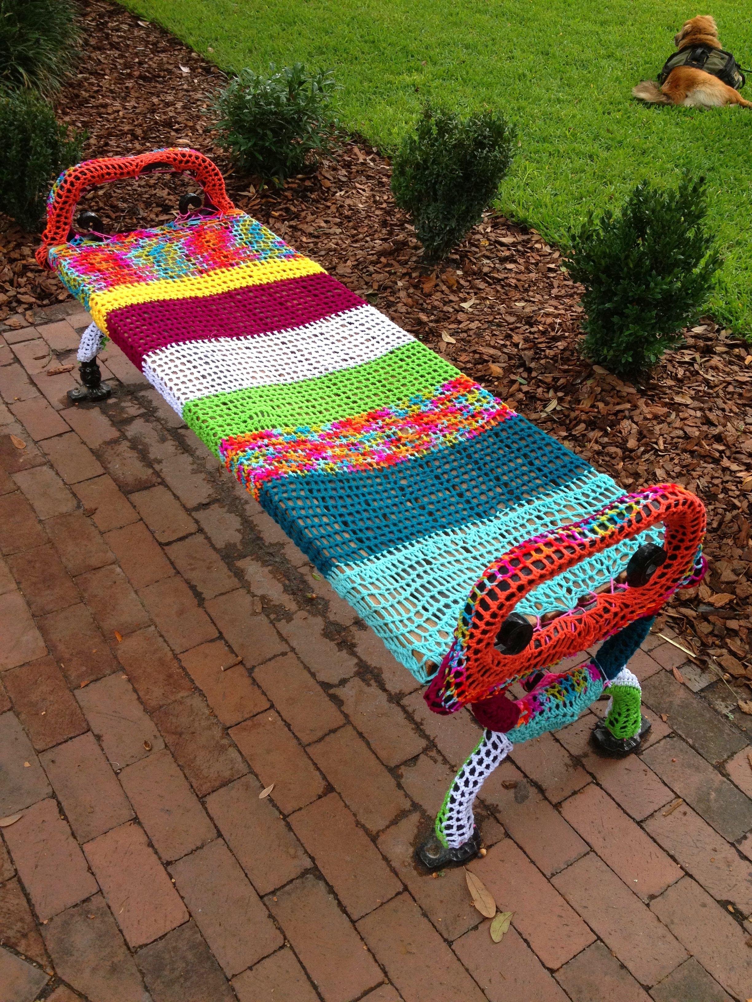 yarn bombing bench - photo #20