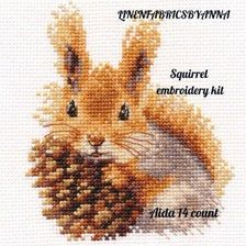 Animal embroidery kit, modern hand embroidery, squ