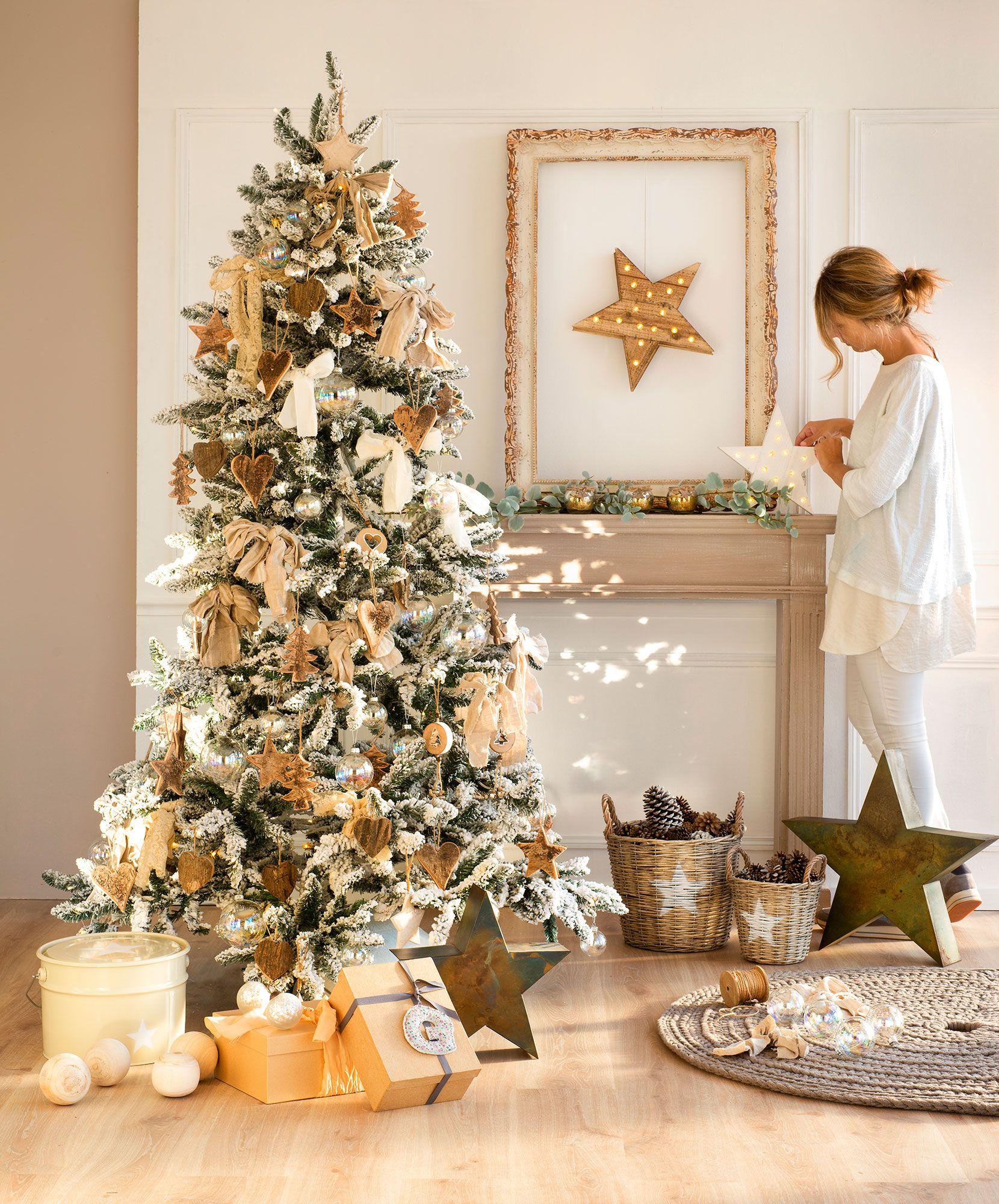 Rbol de navidad en dorado blanco y cristal el arbol de - Arbol de navidad dorado ...