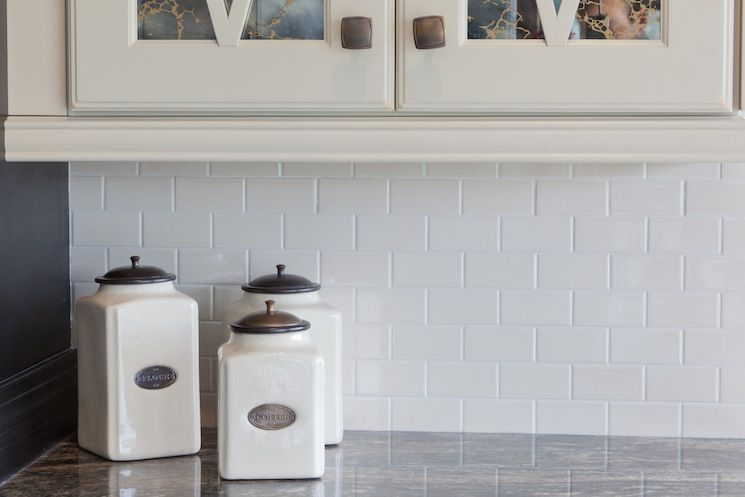 Adex Hampton Subway Tile In White Beveled And Flat For Minimal