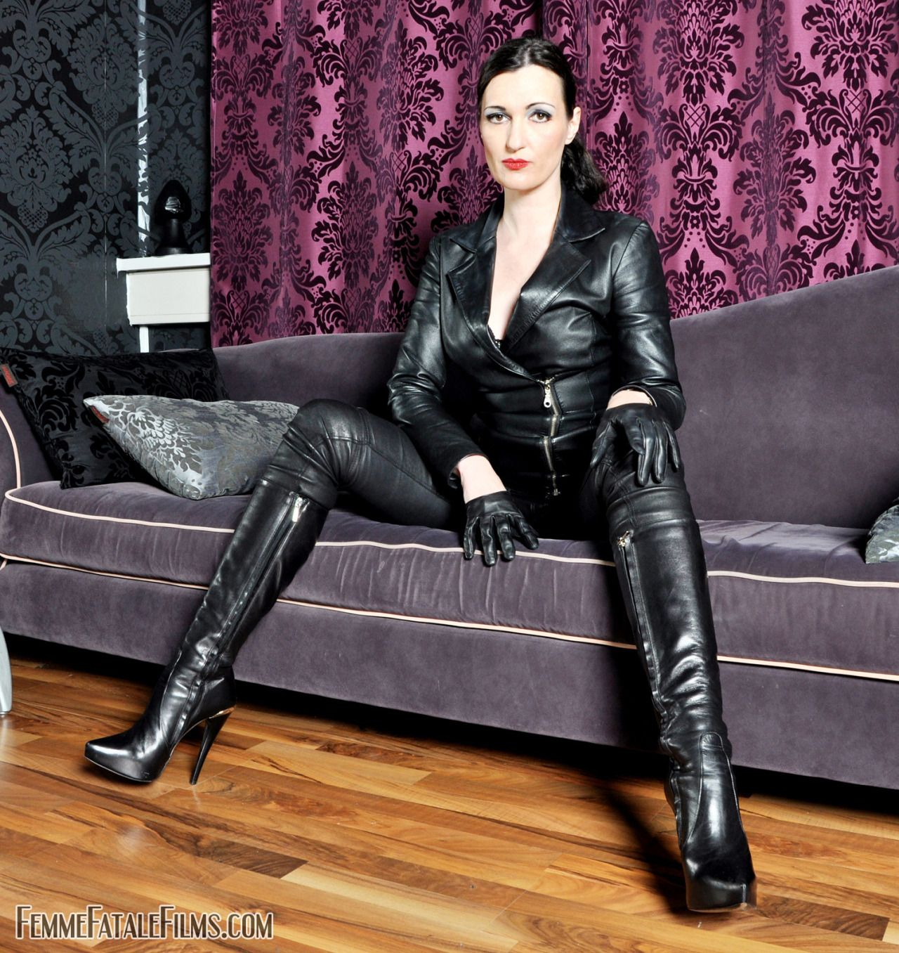 2 russian doms are fistingampstrapon fucking slave subtitled 3
