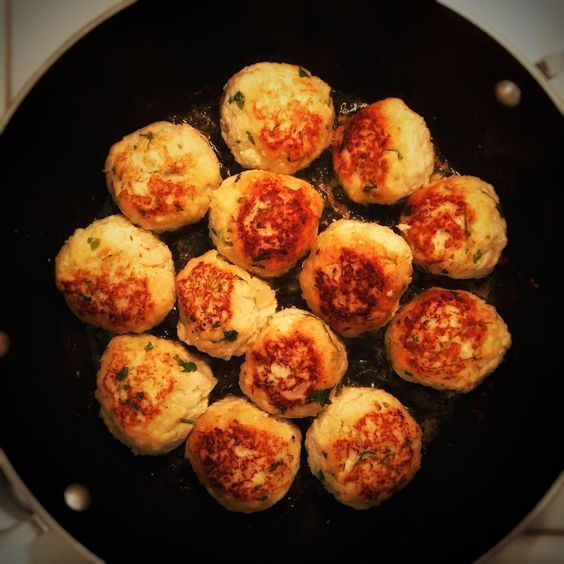 Delicious turkey meatballs. A perfect baby led weaning ...