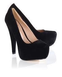 plain black pumps