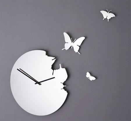 Susanne Philippson's creative butterfly clock