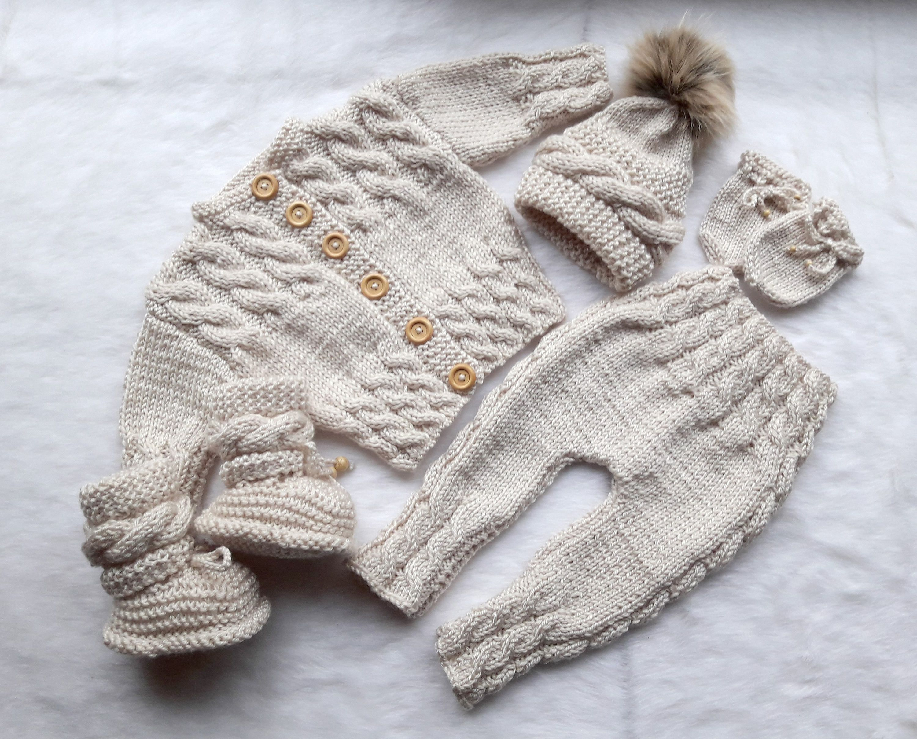 b5ec0bde4 Beige Baby home coming outfit - Knitted baby outfit - Gender neutral ...