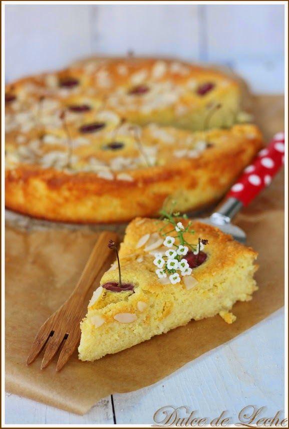 Dulce de Leche: Ricottovo mandľový koláč s čerešňami (bez múky)