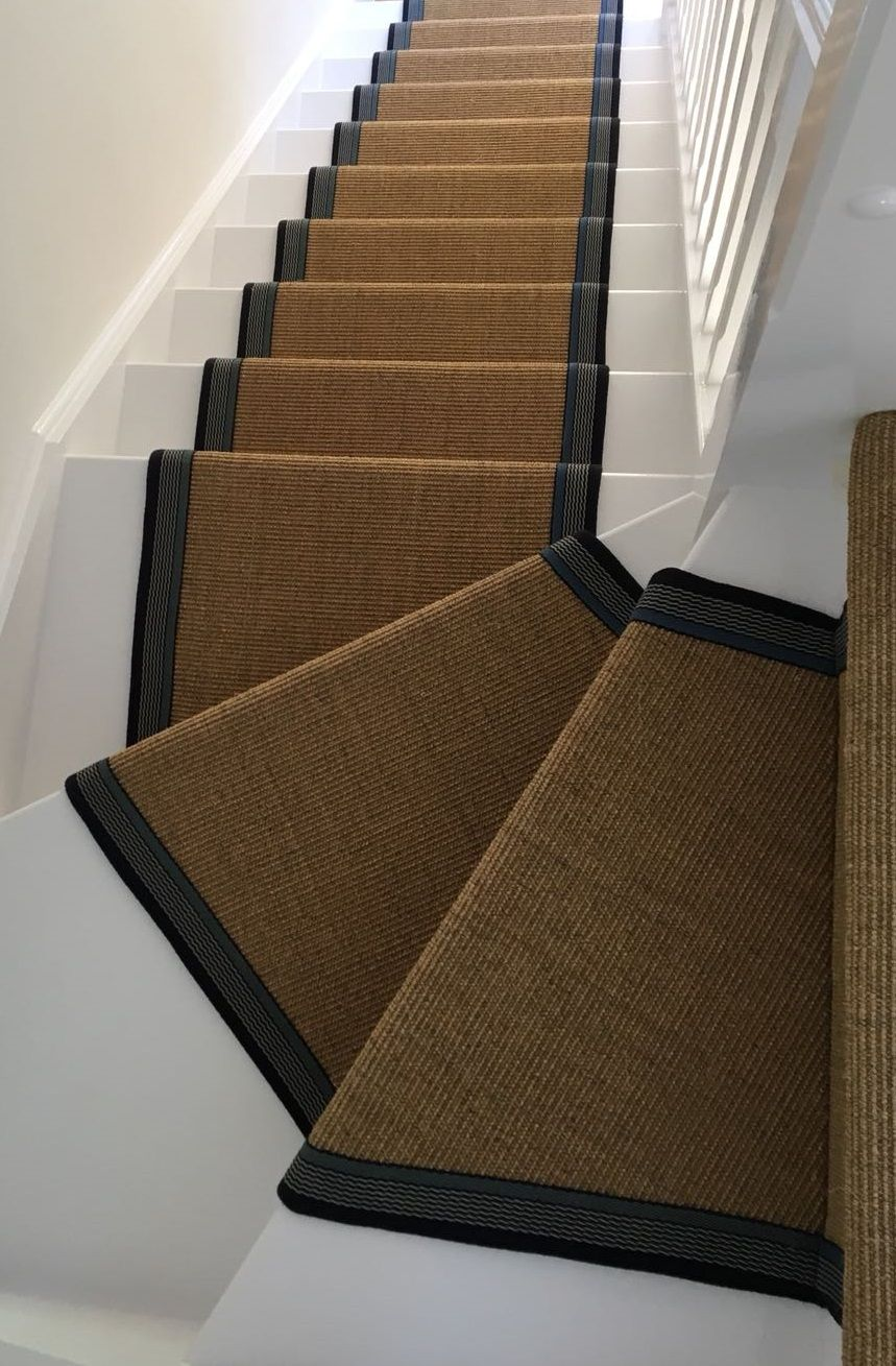 Best Sisal Carpet Fitted As A Bespoke Taped Stair Runner With 400 x 300
