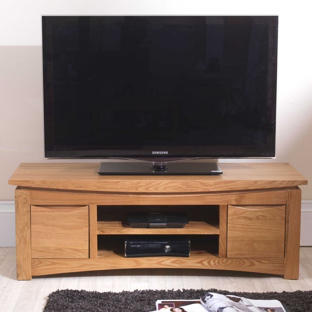 This Stylish Television Cabinet Is A Great Platform For Your Tv It Comprises Of 2 Cupboards A Media She Television Cabinet Solid Oak Furniture Oak Furniture