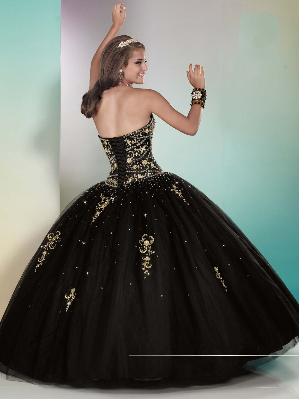 Image Result For Quinceanera Dress Black And Gold White Ball Gowns Ball Gowns Ball Gowns Prom [ 1333 x 1000 Pixel ]