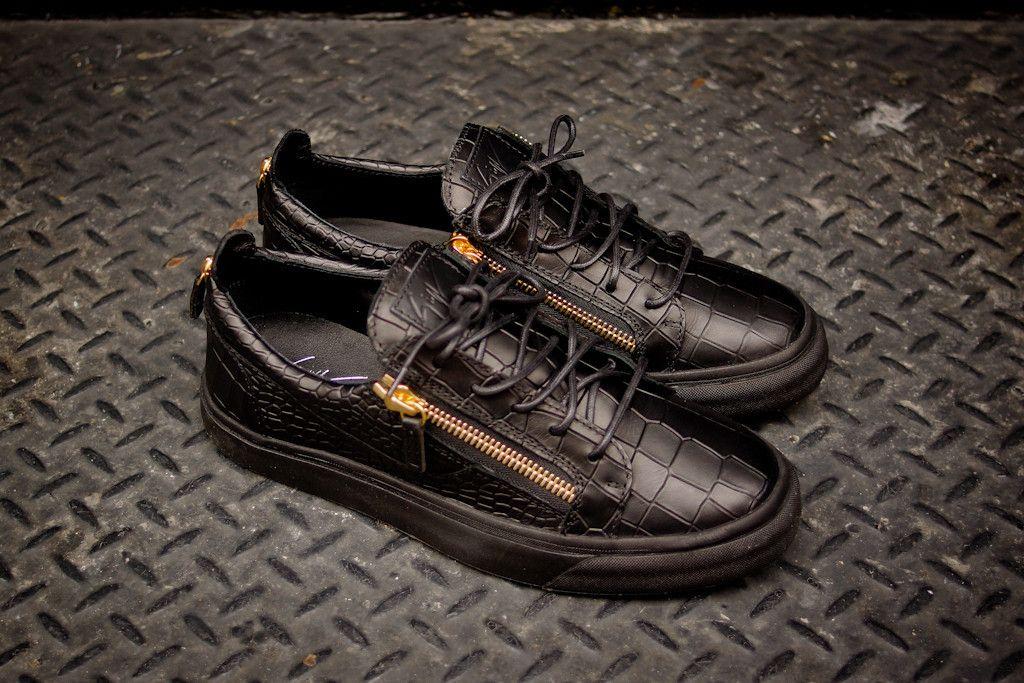 fd98a338afc6 Giuseppe Zanotti London Low Black Croc