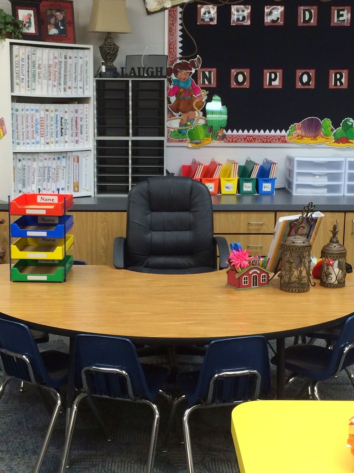 Welcome Here Is The View Of Our First Grade Hallway At Wayland Bonds Elementary This Y Classroom Tour Teacher Desk Organization Teacher Classroom Decorations