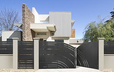 portail battant acier galvanis celes roy portail acier pinterest gate gates and fences. Black Bedroom Furniture Sets. Home Design Ideas
