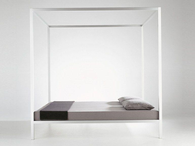 Letto Matrimoniale Baldacchino Prezzi.Letto Matrimoniale In Alluminio A Baldacchino Aluminium Bed By Mdf