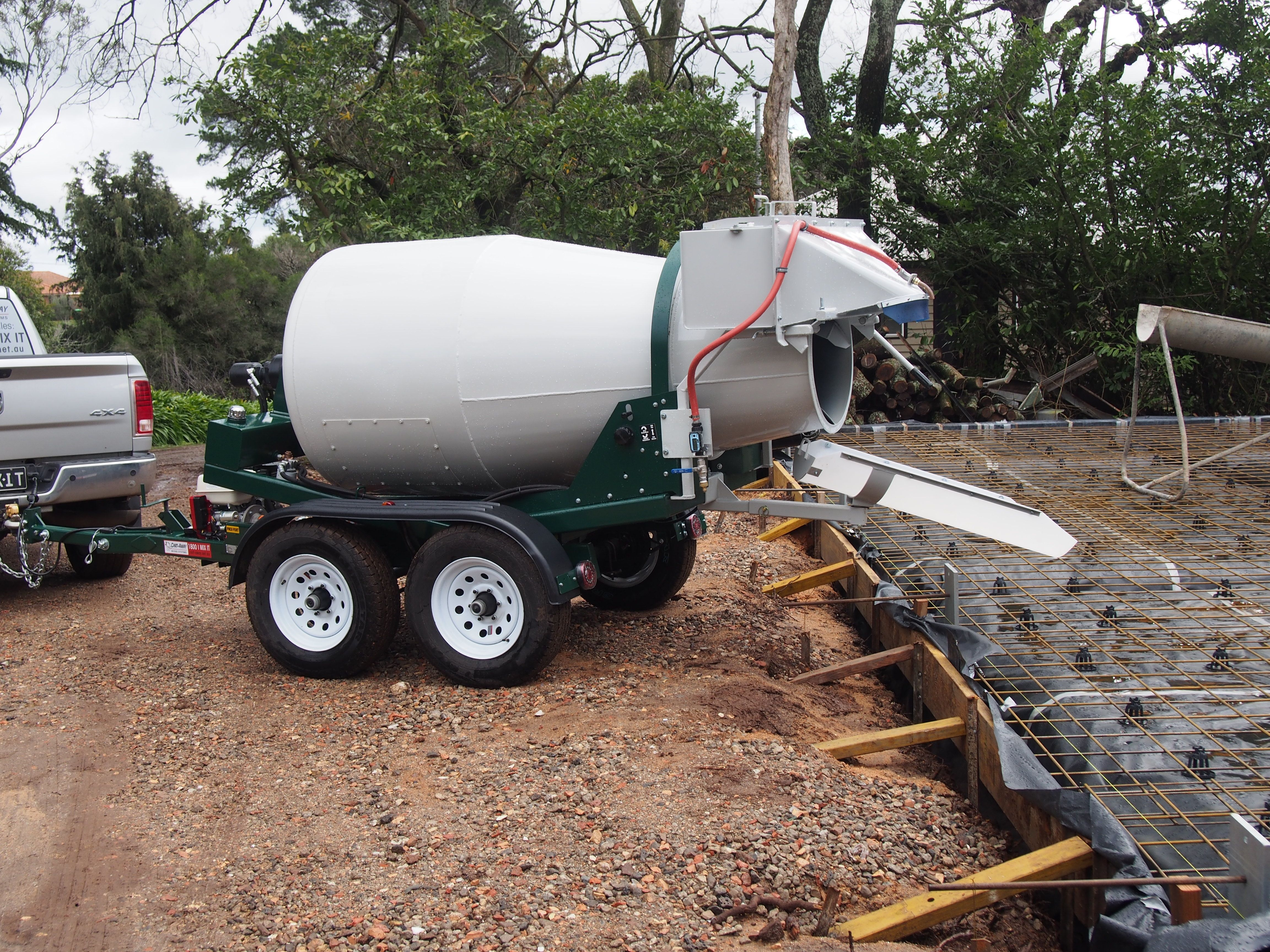 Cart Away Cmk 175 1 4m3 Trailer Mounted Concrete Mixer At Work Pouring A Garage Slab