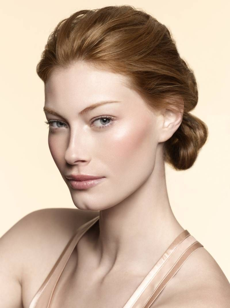 Alyssa Sutherland Makeup By Laura Mercier