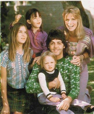 Pauls McCartney And Family