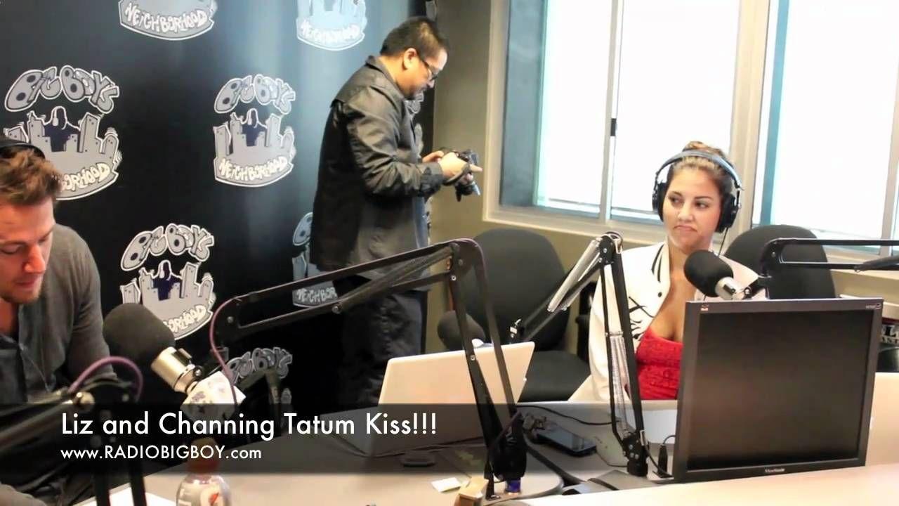 Liz and Channing Tatum kiss!!! (Big Boy's Neighborhood) - YouTube