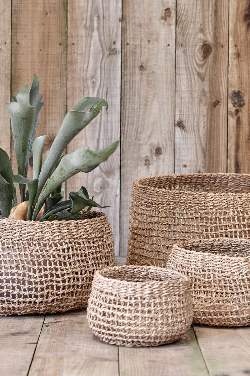 Jambi Round Open Weave Seagrass Basket In 2020 Stair Basket Plant Pot Covers Basket