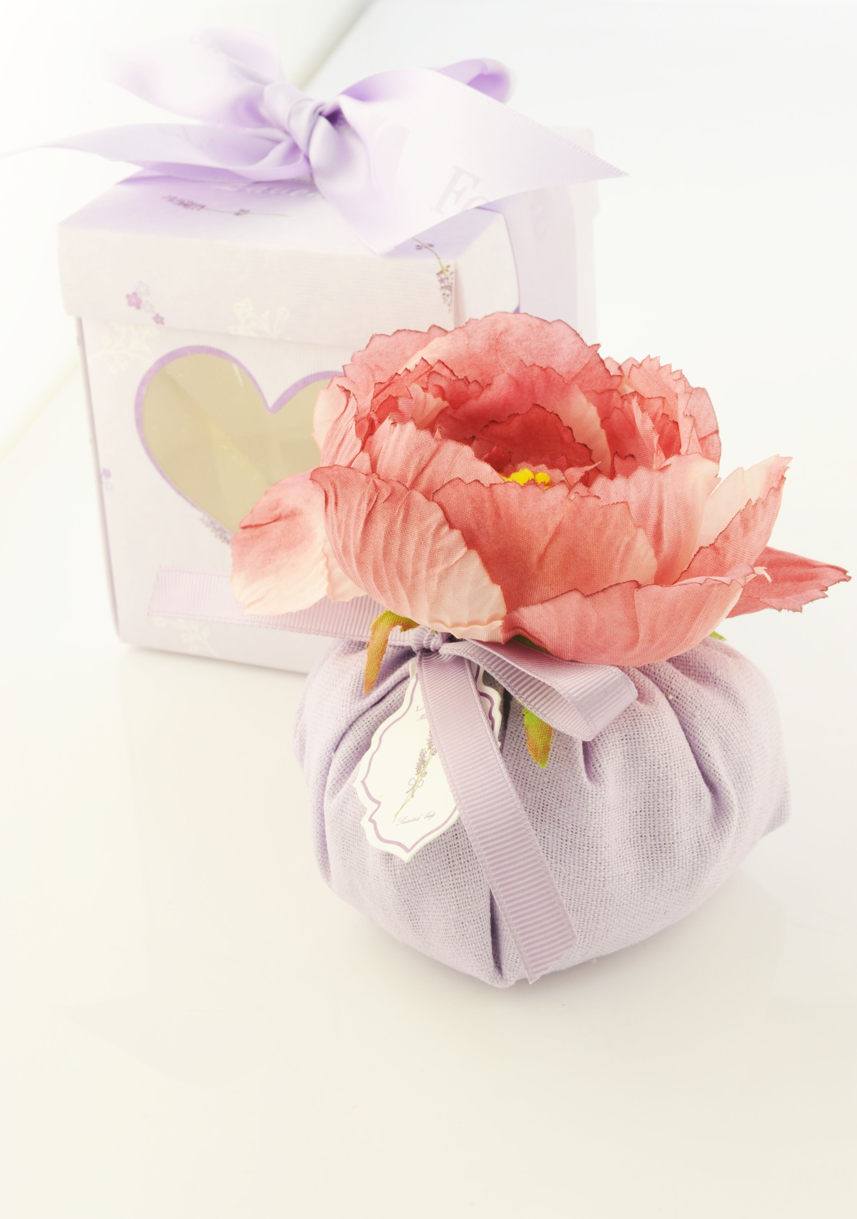 Valentines Day Gift Bag   Gourmet Food Gifts   Harry & David