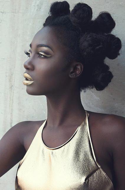 black women models fotolia #Blackwomenmodels #mittellangeröcke