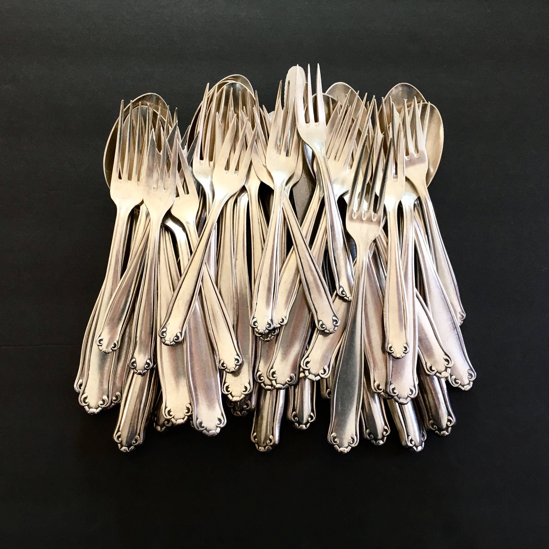 Antique Solingen Flatware Silverware German Silver Plated 100 Holler +  Bergisch Rostfrei Knife Dinner Fork Soup Spoon Pastry Fork 46 Piece |  Antiques, Solingen, Silverware