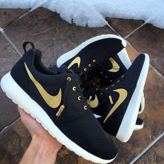 c25094b331f1 New Custom Nike Roshe Run OVO Any Size Made To by mnroshecustoms ...