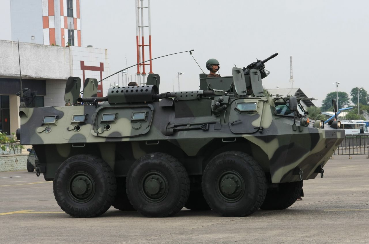 Anoa 6x6 Armored Personnel Carrier (Indonesia) Combat