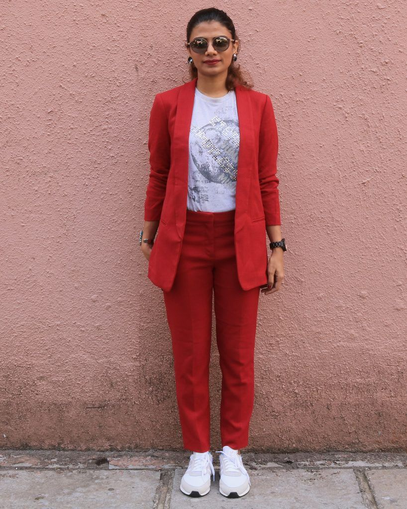 How to style a red pant suit with a T-shirt and white ...