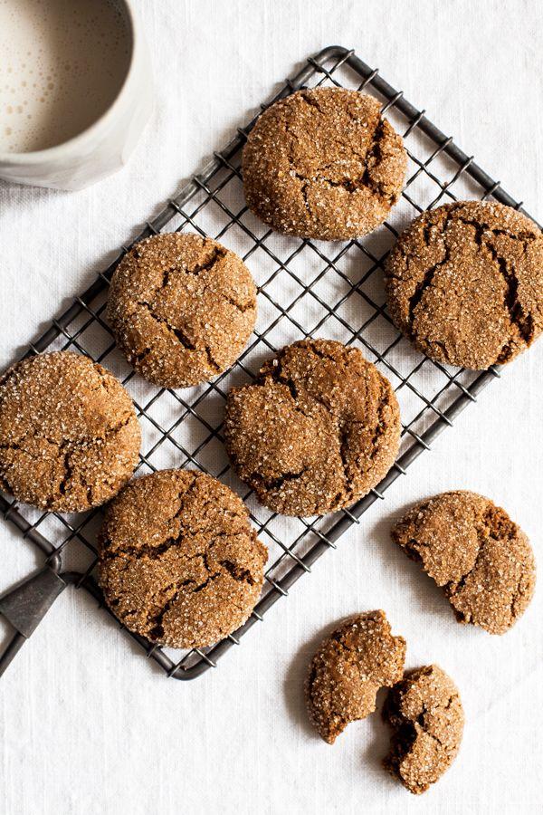Vegan Molasses Ginger Cookies