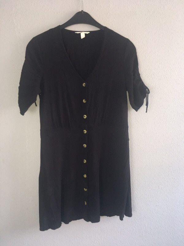 Mein Süßes Kleid von H&M in schwarz von H&M. Größe XL / 42 ...