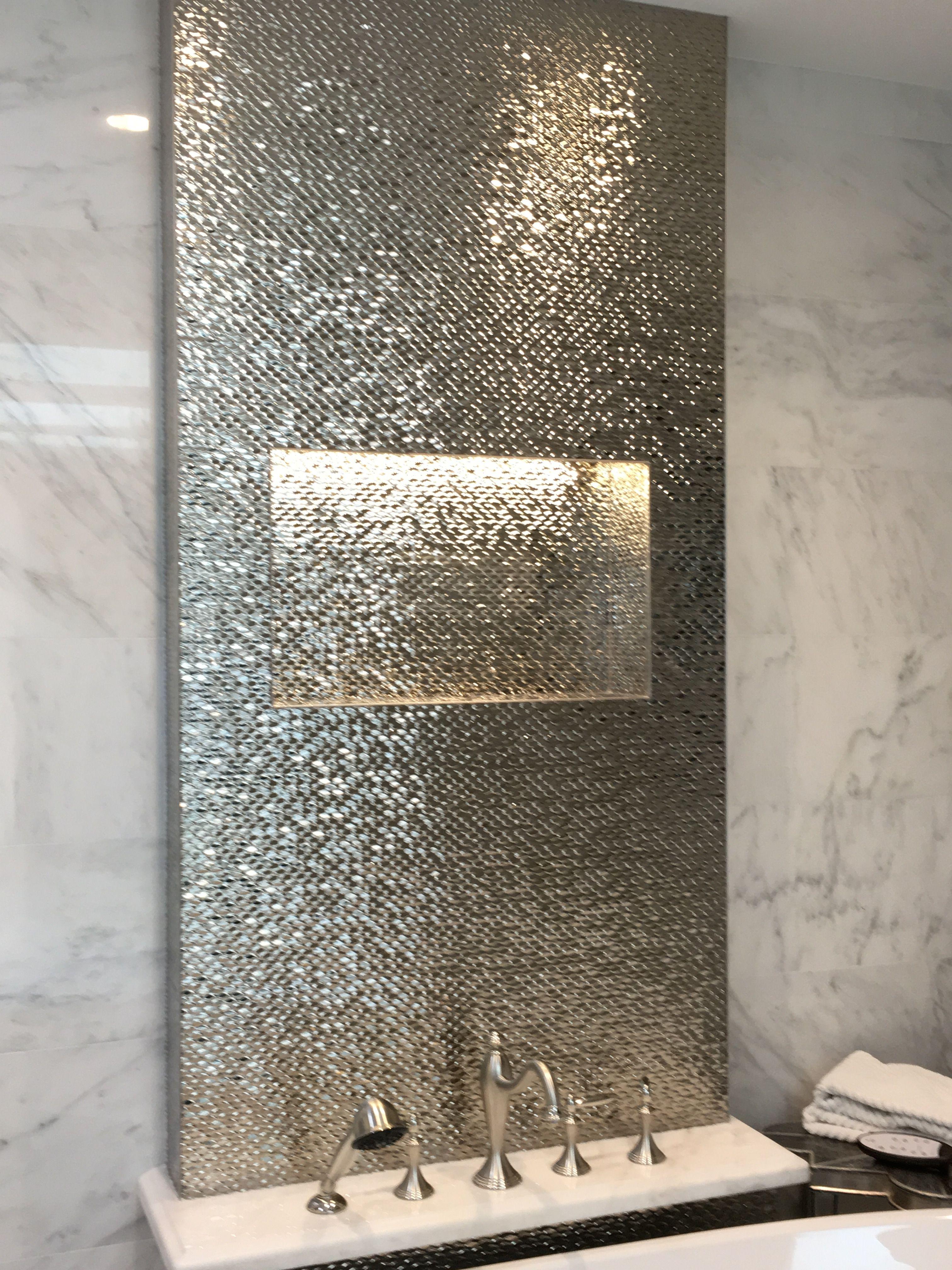 Accent Wall Over Freestanding Tub Porcelanosa Bainultra Santec