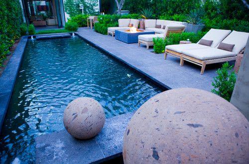 Zen contemporary exterior jacuzzi instead of pool Le Jardin
