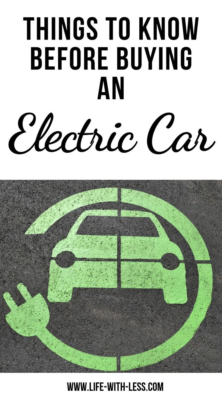 Everything you need to know about electric cars including reasons for buying an electric car and detailed information about the Nissan Leaf electric car. #car #ev #electroniccars #electriccars #electricvehicle #gogreen #greenfuture #sustainable #sustainab