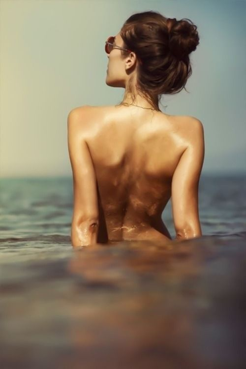 swim naked. this would feel so liberating. i am free to explore this  feeling. ~