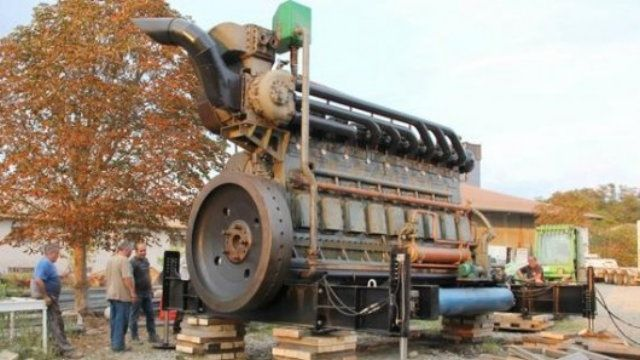 This Gigantic 1600 Hp Engine Used To Power An Entire
