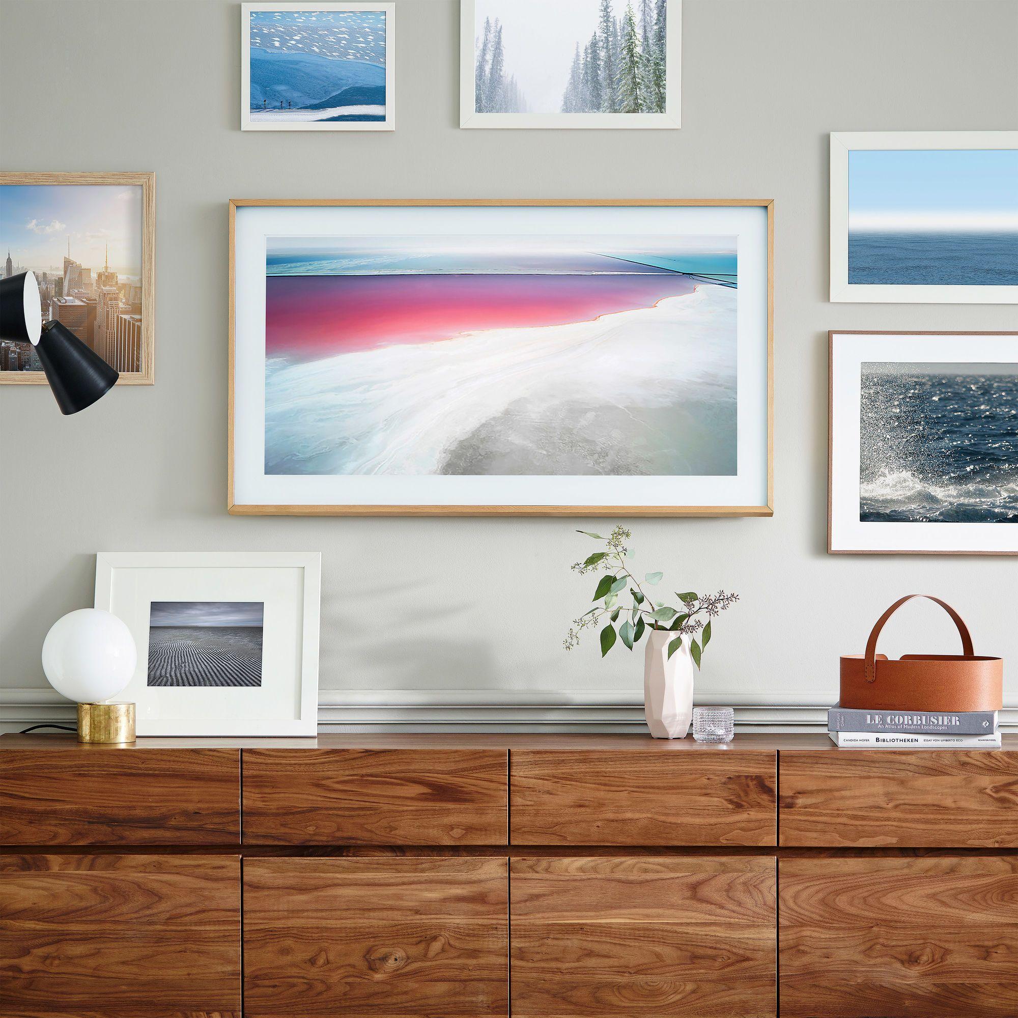 Samsung The Frame 4 0 Tv 2020 Framed Tv Picture Frame Tv Wall Mounted Tv