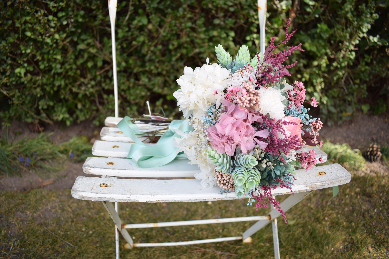 Ramo De Novia Flores Preservadas Tonos Rosa Blanco Y Verde Agua  ~ Ramos De Novia Flores Preservadas