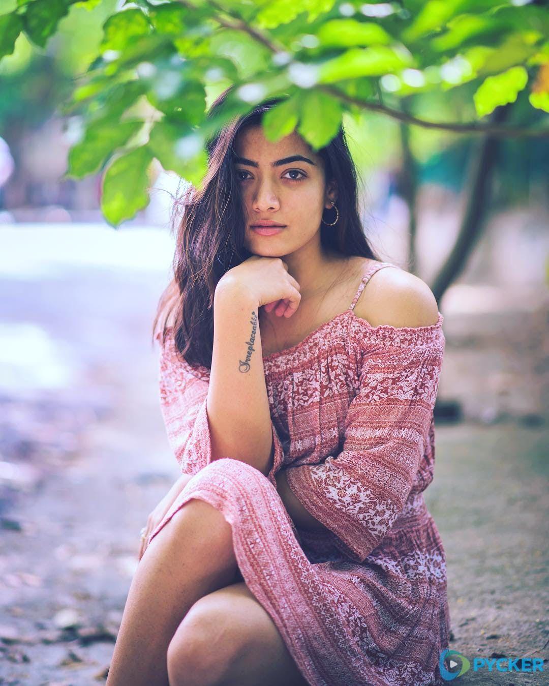 20 Beautiful And Cute Images Of Rashmika Mandanna Beautiful Girl