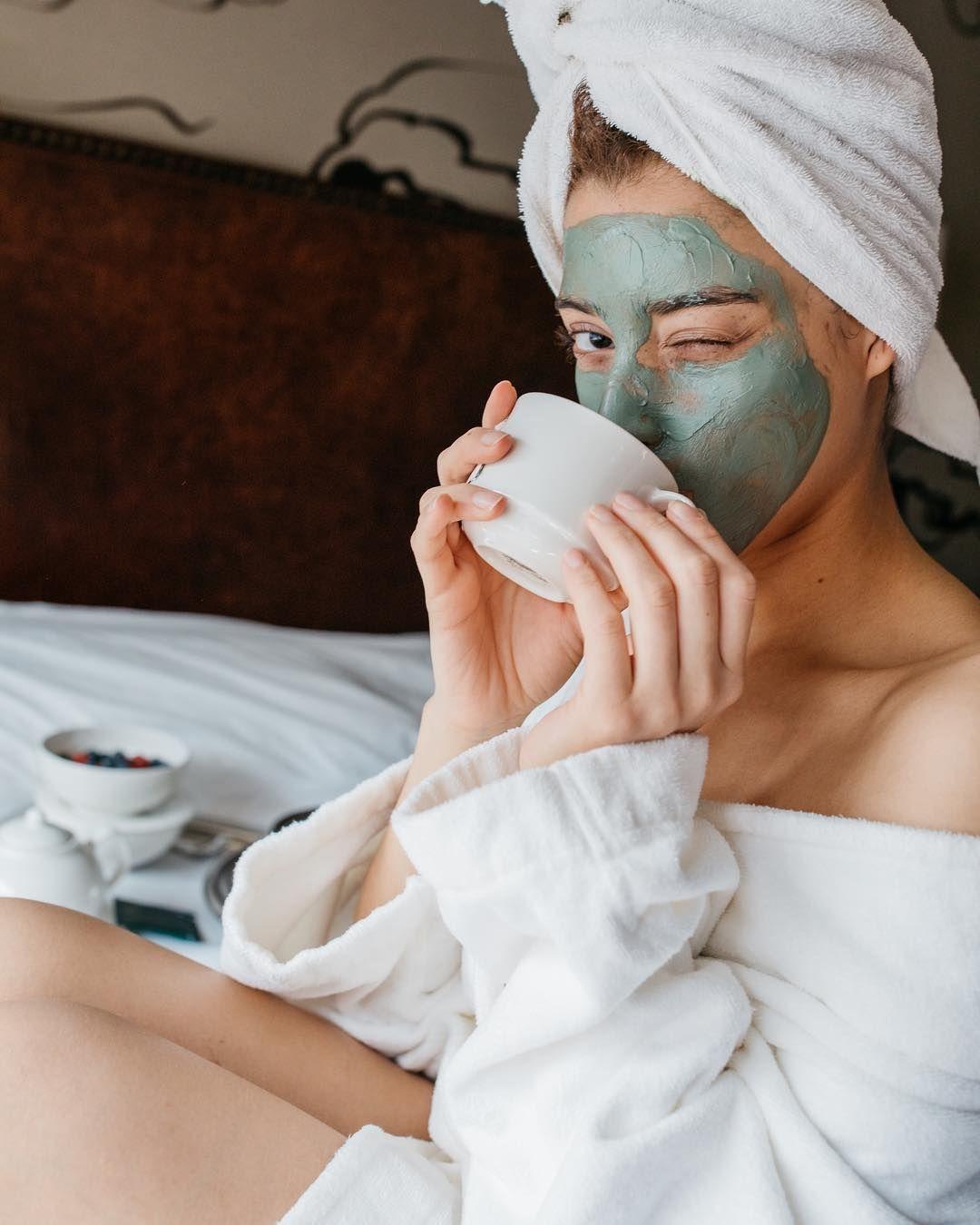 Photography Pose Ideas Face Mask Robe Relaxation Spa Procedury Kosmetika Dlya Volos Kosmeticheskie Tovary